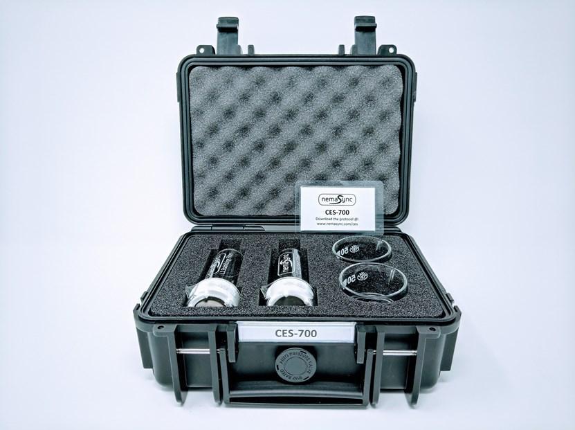 CES 700 kit box content